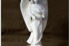projektowanie nagrobkow rzezba Aniol wskazujacy (1)