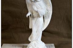 projektowanie nagrobkow rzezba Aniol wskazujacy (3)